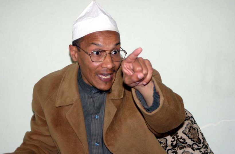 Ali Belhadj est contre la fermeture des mosquées