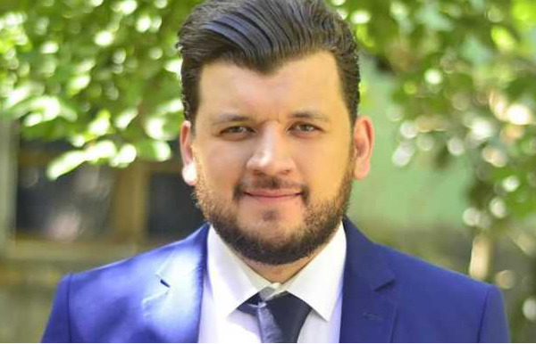 Yacine Oualid