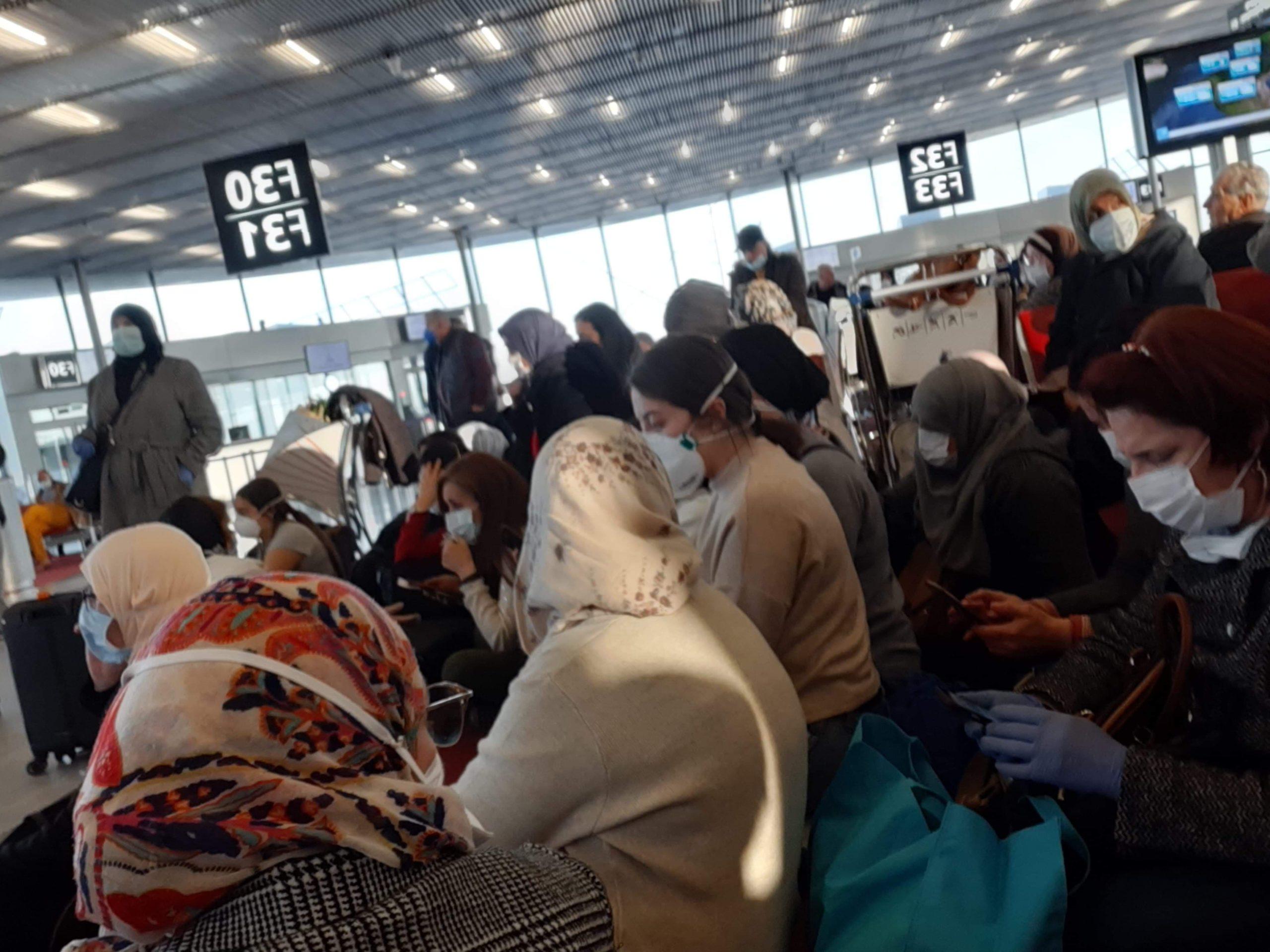 rapatriement des Algériens bloqués à Orly