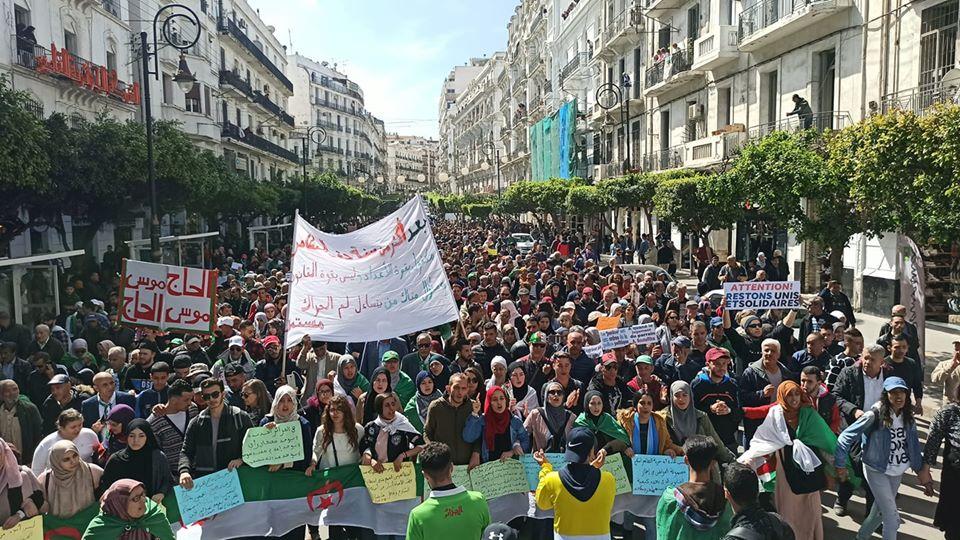 Marche étudiants Alger 10 mars