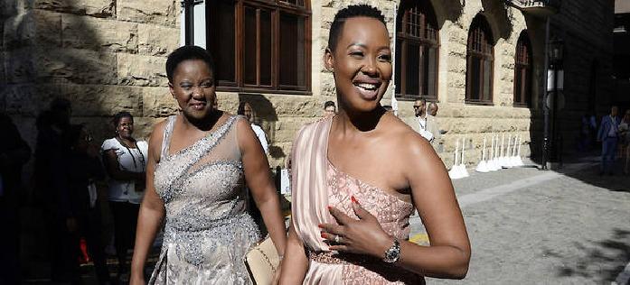 Afrique du Sud ministre suspendue