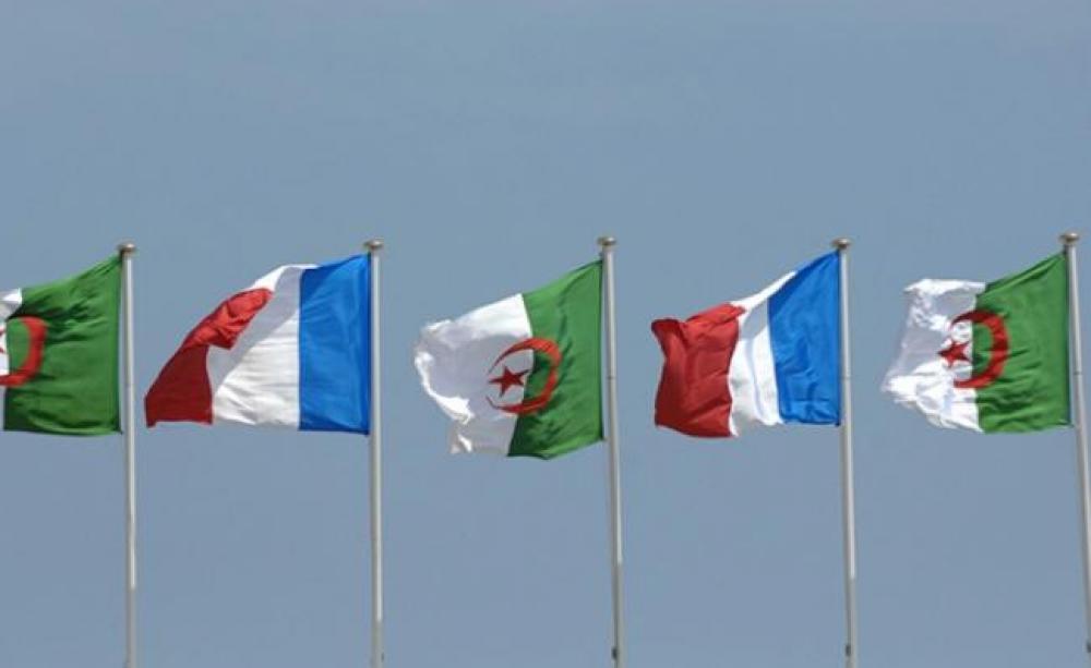 Drapeaux Algérie et Drapeaux Francais