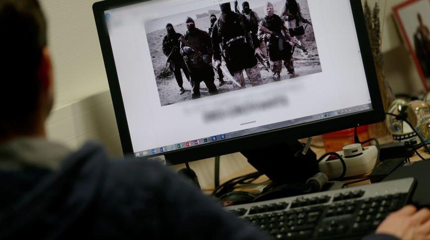 Plus de 8 000 personnes fichées en France pour radicalisation à caractère terroriste