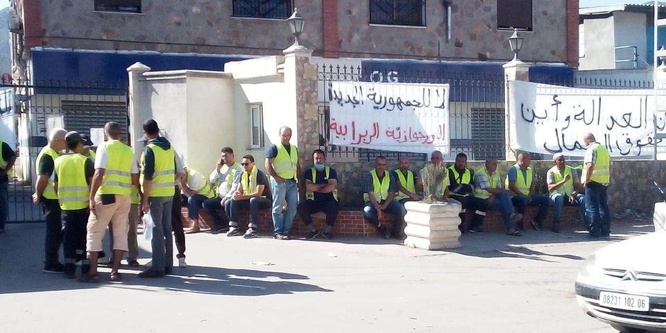Les travailleurs de Numilog ferment les sites de l'entreprise à Béjaïa