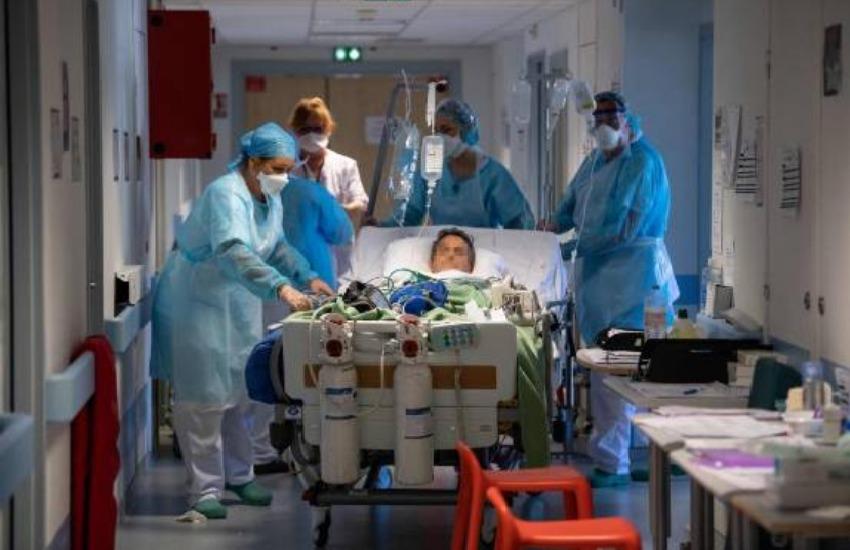 Covid-19 : près de 17 000 nouveaux cas en France en 24 heures