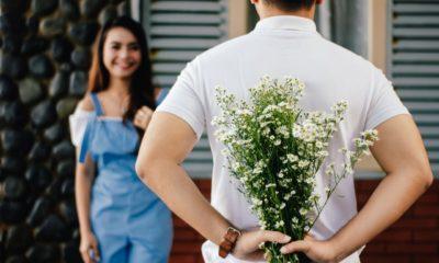 offrir des fleurs à sa femme
